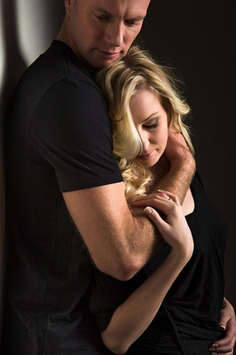 couple-holding-.jpg