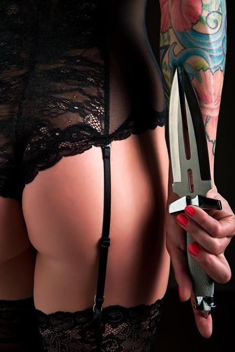 black-lingerie-and-dagger.jpg